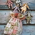 Little bag of dollies