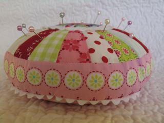 Stina Blomgren's pincushions #1